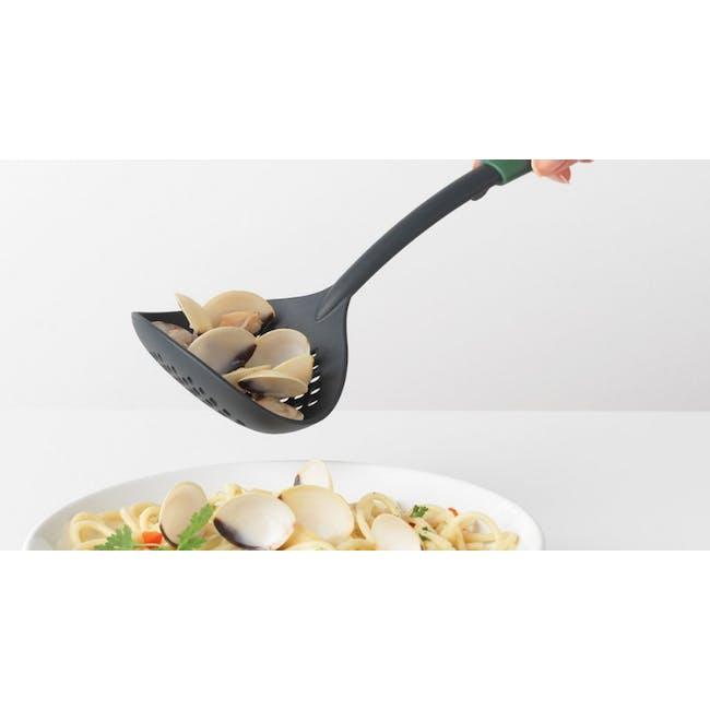 Tasty+ Skimmer & Ladle - Fir Green - 1